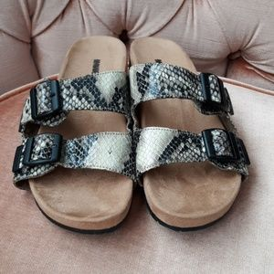 Minnentonka sandels